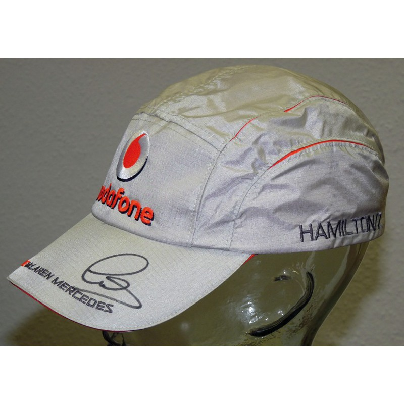 lewis hamilton signed baseball cap pfc auctions. Black Bedroom Furniture Sets. Home Design Ideas
